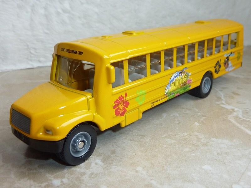 Märklin 48613 Kids Club Jahreswagen 2013  P1110762bqf8m