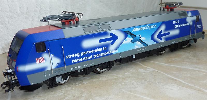 "Trix 22679 (152 137-6 ""TFG Albatros Express"") --->> Märklin Umbau P1120836j1kq0"