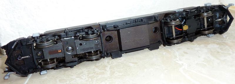 """Trix 22679 (152 137-6 """"TFG Albatros Express"""") --->> Märklin Umbau P1120852dis4p"""