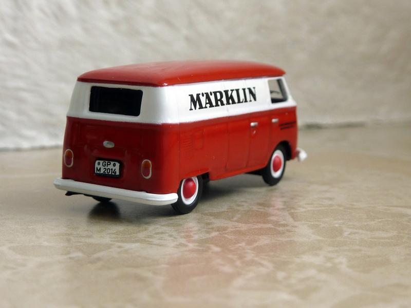 Schuco VW T 1 Märklin P1140174ula8d