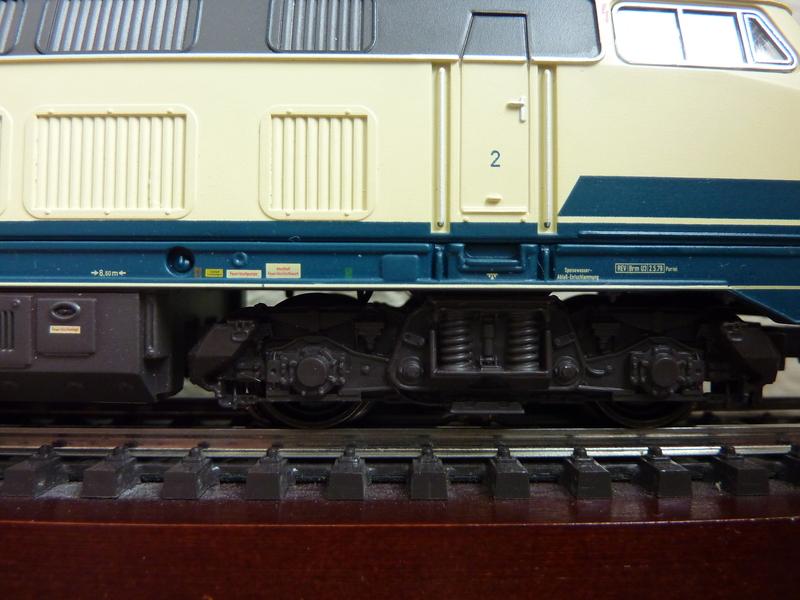 Trix 21526 - 216 224-6 auf AC umgerüstet P1150791wfsdw