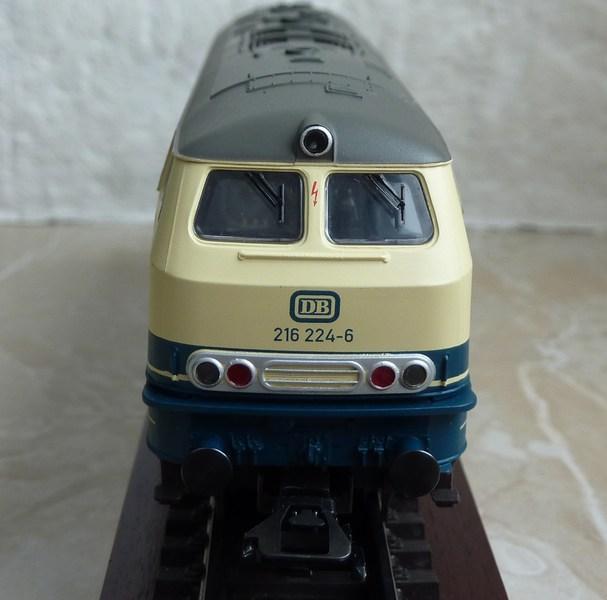 Trix 21526 - 216 224-6 auf AC umgerüstet P1150792zcs0o