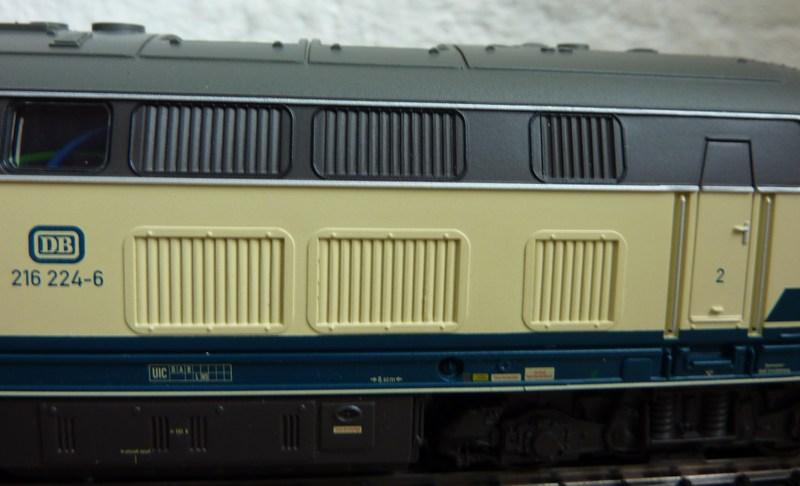 Trix 21526 - 216 224-6 auf AC umgerüstet P1150794jasyp