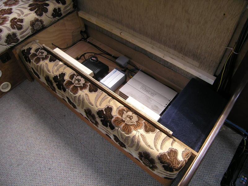 hymer 660s wohni wird wieder aufgebaut seite 3 hme reisemobil forum. Black Bedroom Furniture Sets. Home Design Ideas