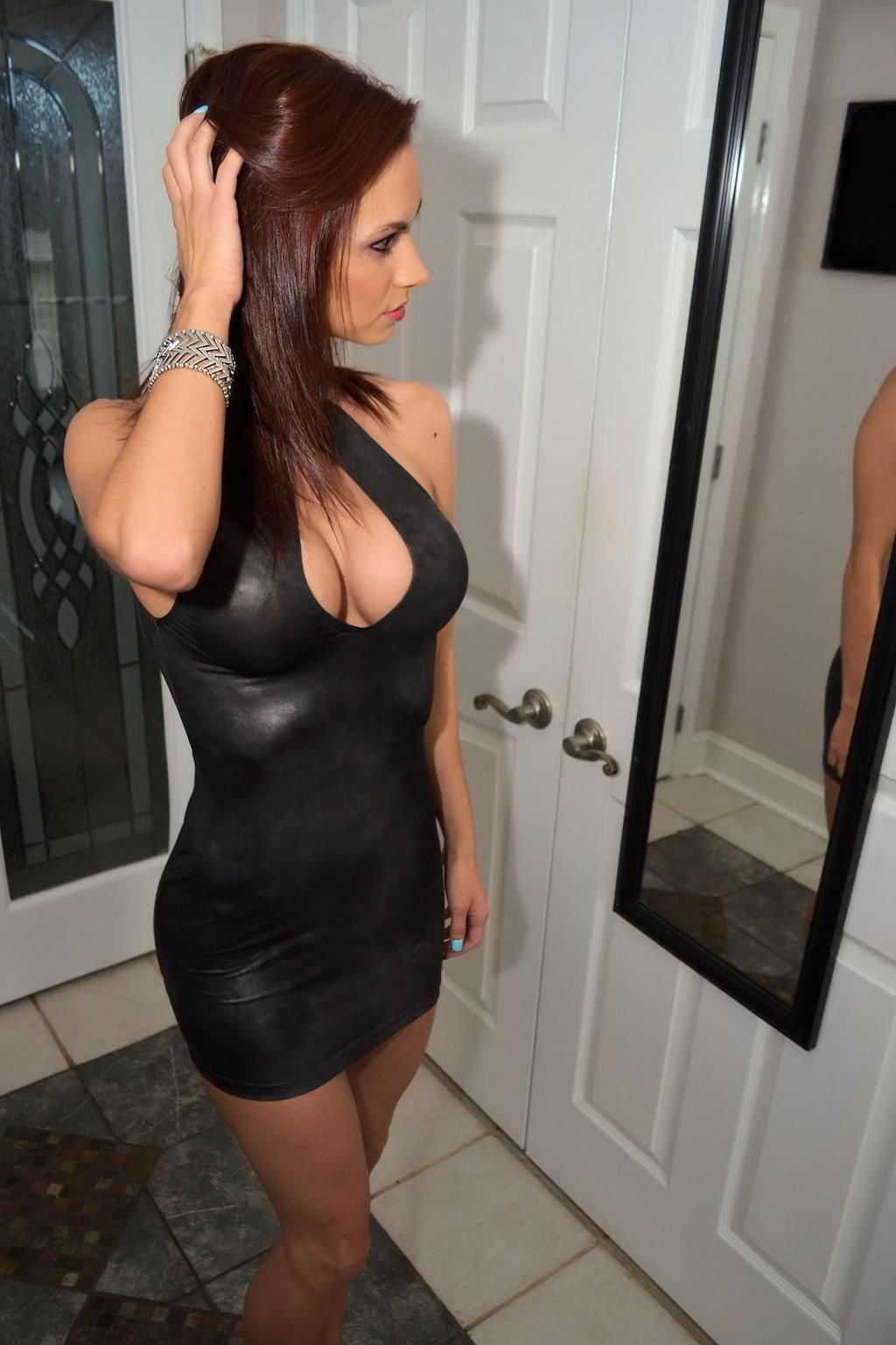 Obcisłe sukienki #34 9