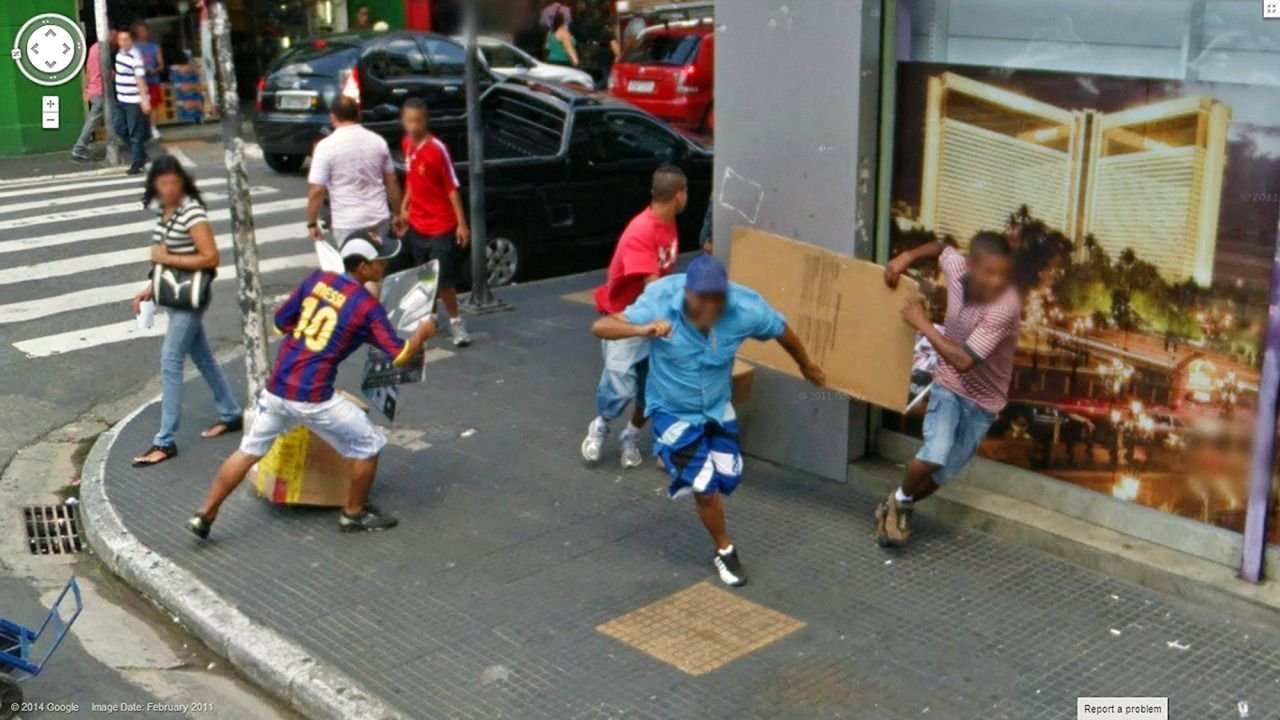 Nietypowe sceny z Google Street View #4 50