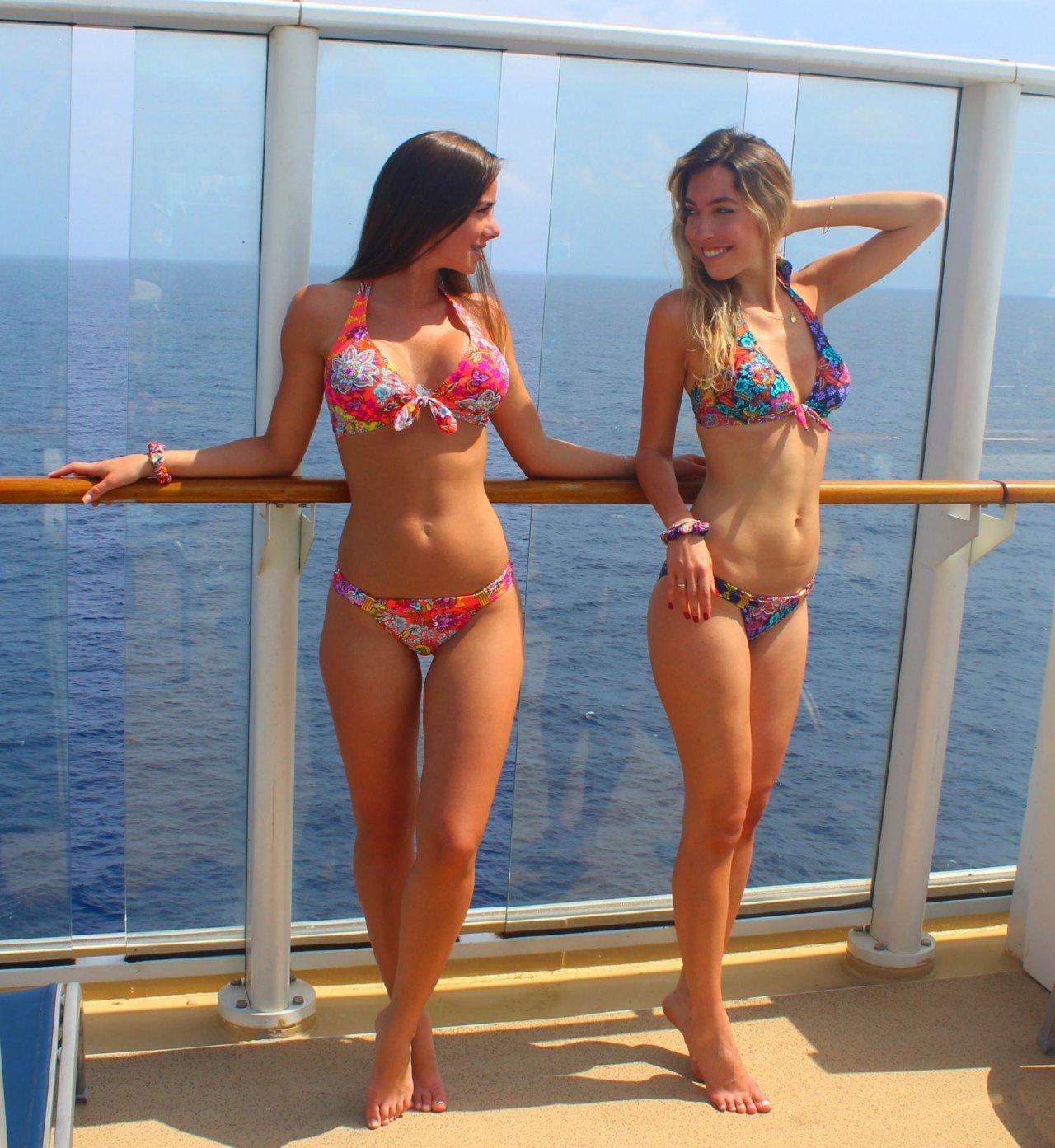 Dziewczyny w bikini #28 28