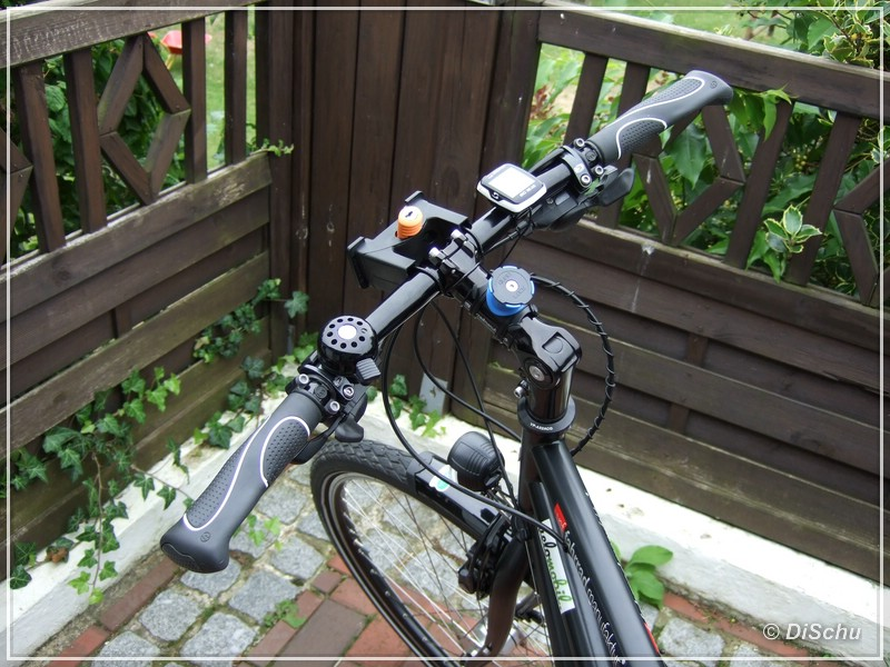 vorstellung quad lock bike kit smartphone halterung. Black Bedroom Furniture Sets. Home Design Ideas