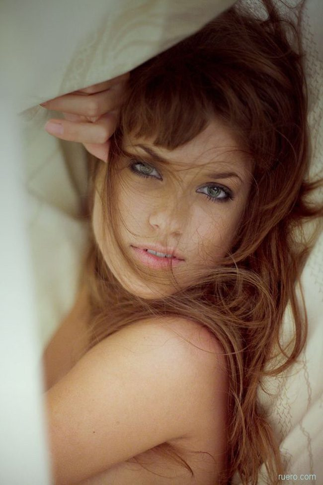 Subtelne zdjęcia kobiet #13 27