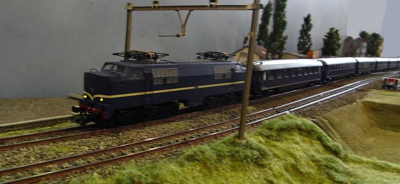 E-Lok Serie 1200 der Nederlandse Spoorwegen /NS/ (MÄRKLIN Art.Nr.3051) Rimg0045.8tysfx