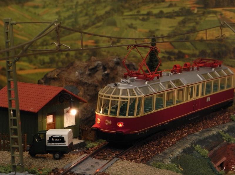 """Triebwagen BR 491 DB """"Gläserner Zug"""" (MÄRKLIN Art.Nr.37580) Rimg0066.1nz02"""