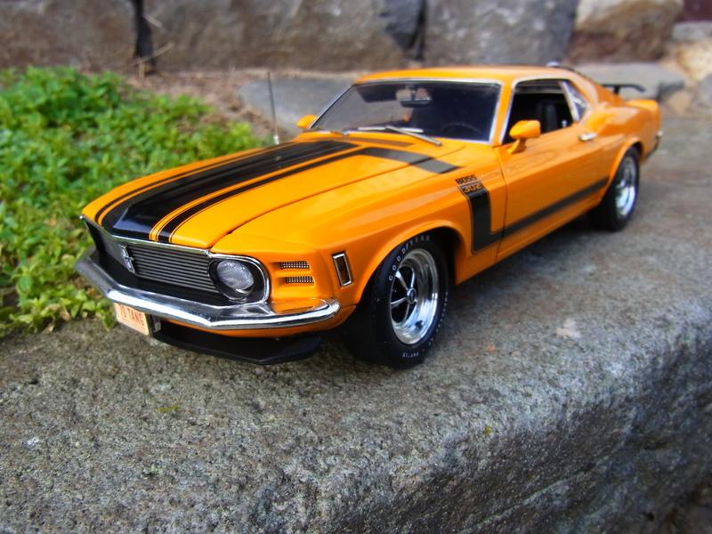 1970 Ford Mustang BOSS 302 grabbar orange 1:18 Highway61 - Modelcarforum