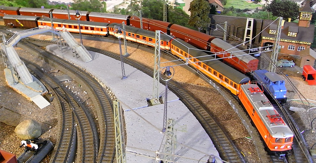 Züge der ÖBB so zwischen etwa 1970 und 1980 Rimg1772.10smsvk