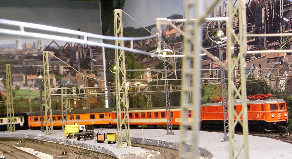 Züge der ÖBB so zwischen etwa 1970 und 1980 Rimg1807.1085jvj