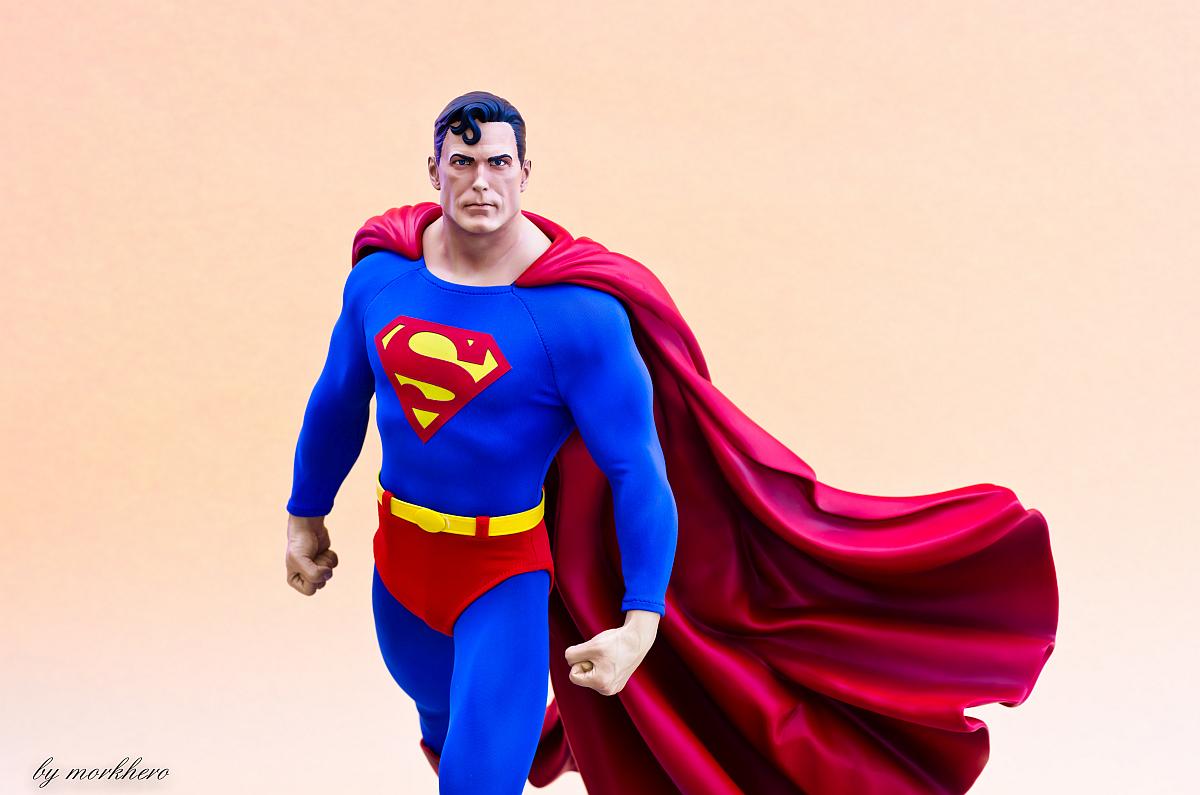 [Bild: superman-pf-sideshow-c5k8j.jpg]