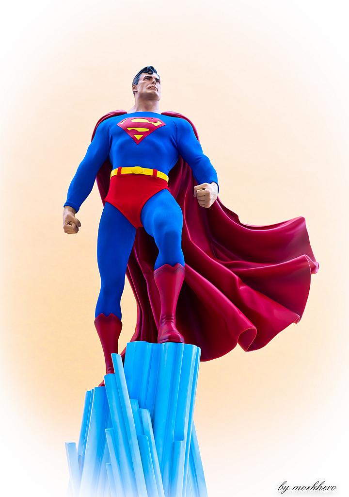 [Bild: superman-pf-sideshow-cpku3.jpg]