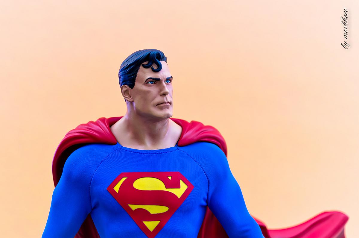 [Bild: superman-pf-sideshow-eskpx.jpg]