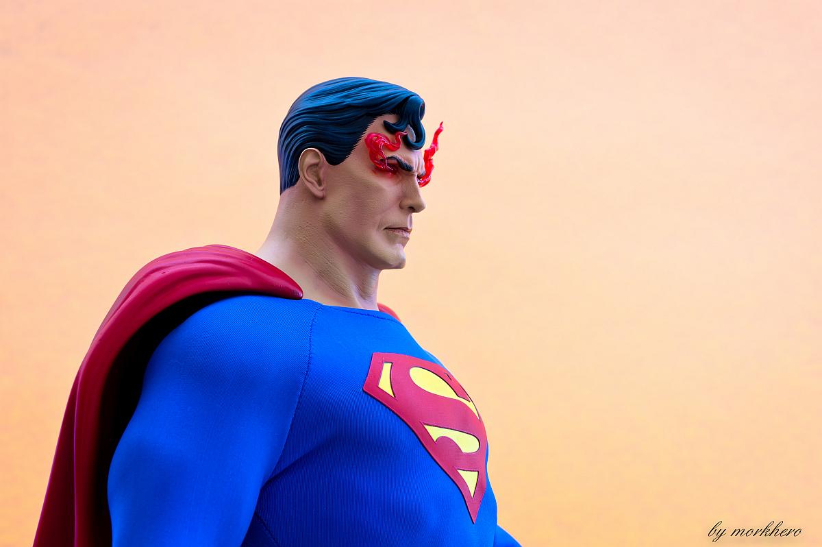 [Bild: superman-pf-sideshow-fvkkm.jpg]