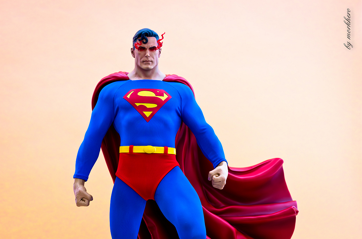 [Bild: superman-pf-sideshow-oyki7.jpg]