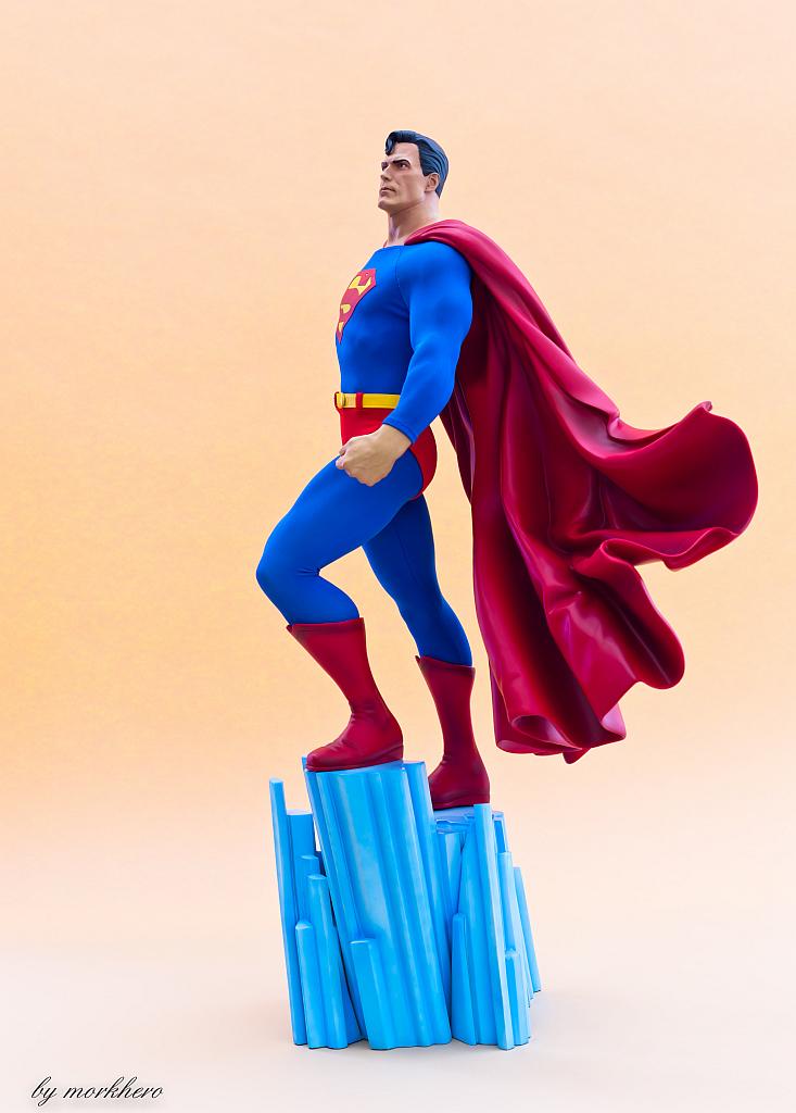 [Bild: superman-pf-sideshow-wzku2.jpg]