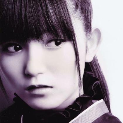 [Bild: suzukanakamoto1f6bza.jpg]