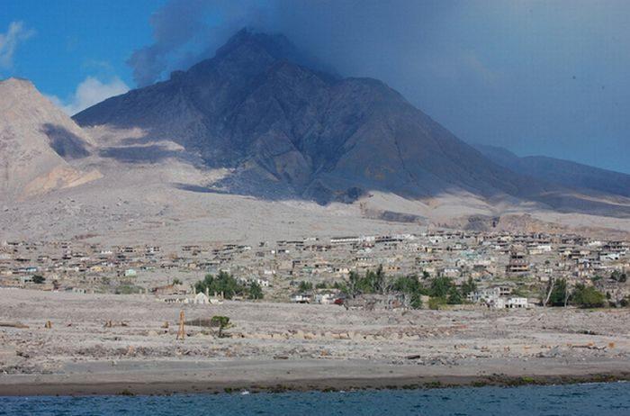 Miasto po erupcji wulkanu 19