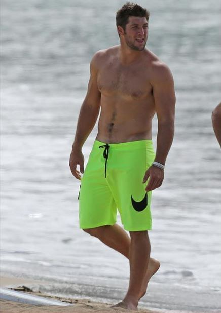 tebow-shirtless-hw1oyb jpg Greg Finley Shirtless
