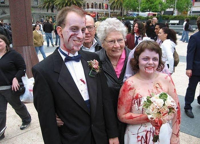 Najdziwniejsze zdjęcia ślubne 39