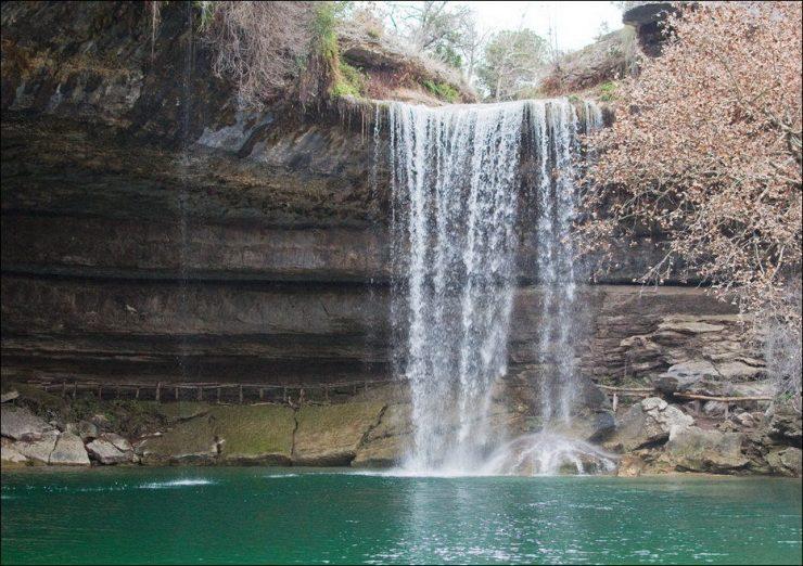 Hamilton Pool - niezwykły naturalny basen 14
