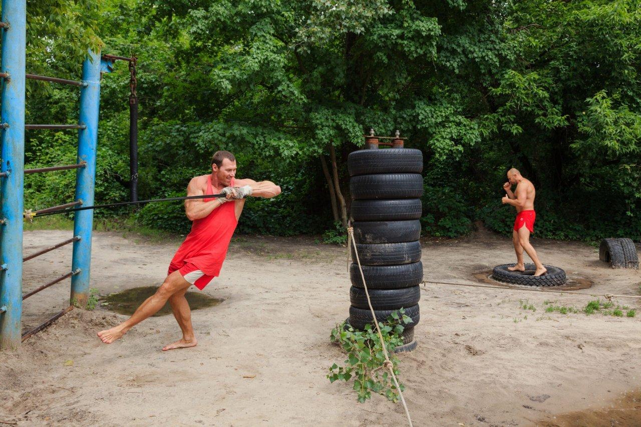 Тропа здоровья для занятий спортом в лесу фото 8
