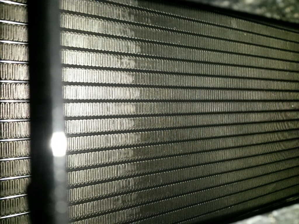 klimakondensator defekt kosten durch tausch ausbau in. Black Bedroom Furniture Sets. Home Design Ideas