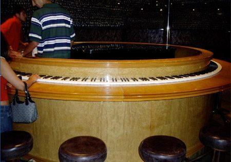 Oryginalne fortepiany i pianina 6