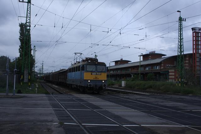 V43 1117 Györ Újlak utca