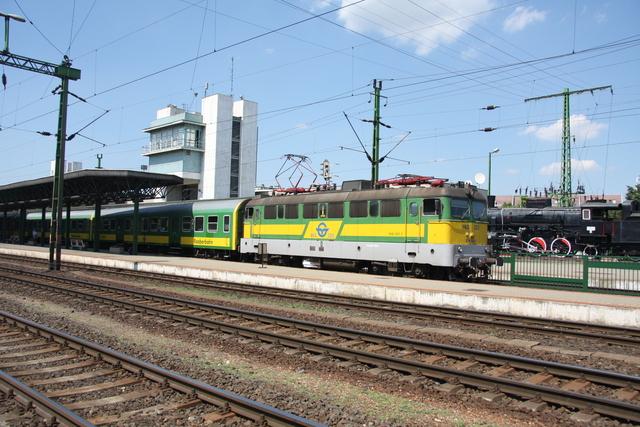 V43 323 Ausfahrt Sopron