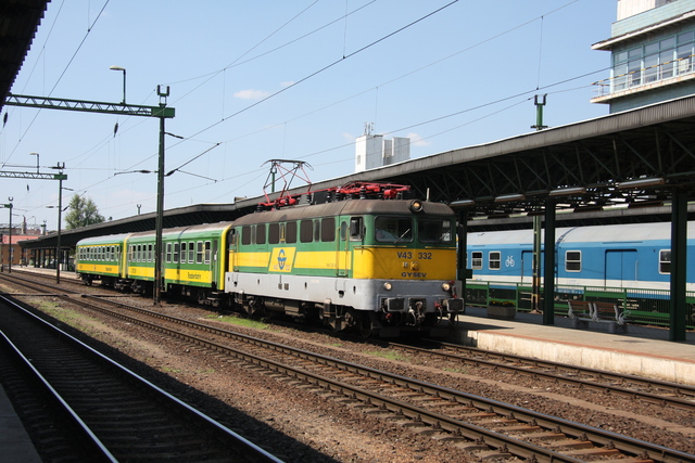 V43 332 Ausfahrt Sopron
