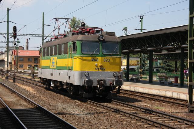 V43 323 Sopron
