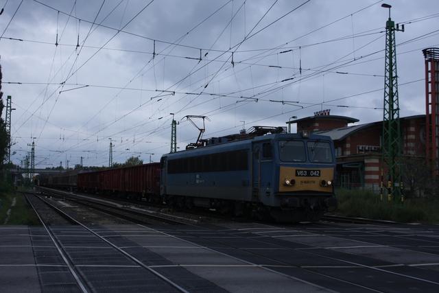 V63 042 Györ Újlak utca