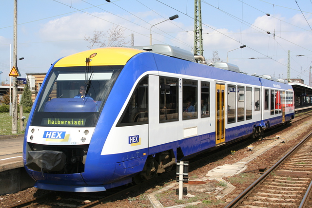 VT 803 Ausfahrt Magdeburg Hbf