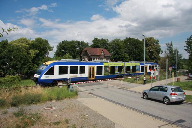 VT 804  95 80 0648 782-0 D-HEX  HEX 80151 Einfahrt Thale Musestieg