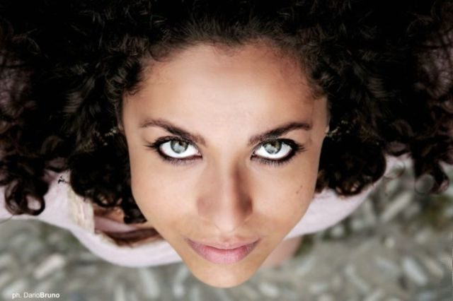 spojrzenie kobiety #8 15