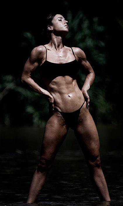 Muskularne dziewczyny 2