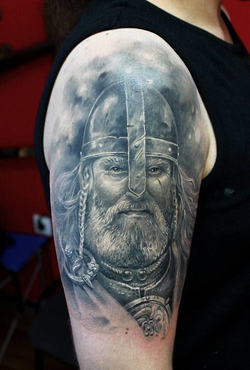 Świetne tatuaże 85