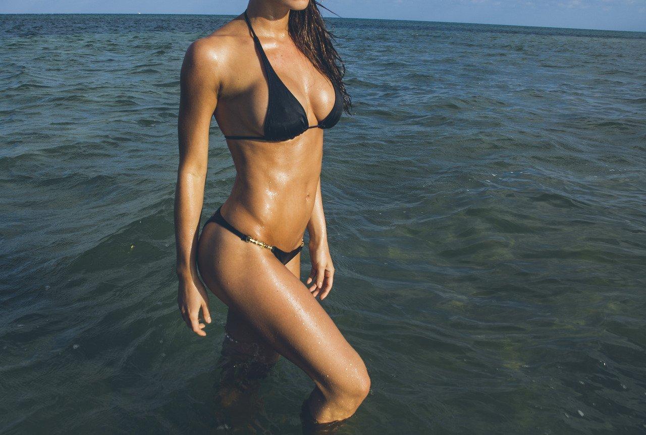 Dziewczyny w bikini #10 3