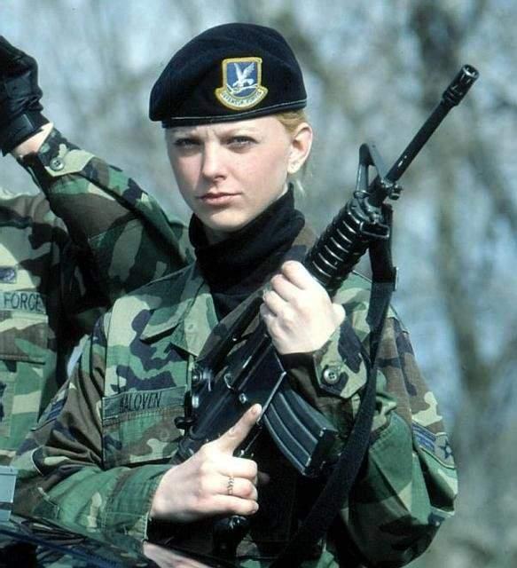 Dziewczyny w armii 35