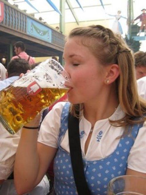 Dziewczyny z Oktoberfest 22