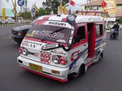 Japoński tuning minivanów 4