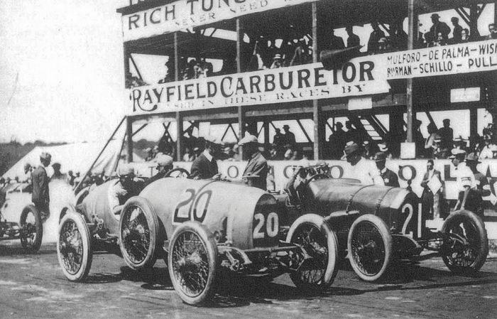 Pierwsze wyścigi samochodowe 48