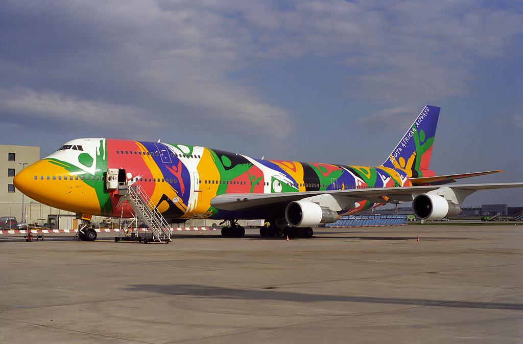 747 in FRA - Page 5 Zs-saj_2000lwlke