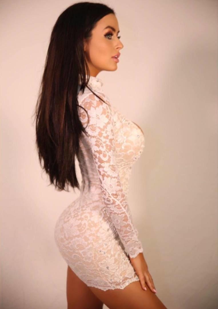 Obcisłe sukienki #37 14