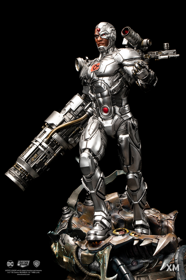 Premium Collectibles : JLA Cyborg 1/6**   001zk1v